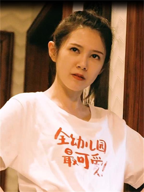 电银付app下载(dianyinzhifu.com):精品厂牌快点TV自制短剧《我的异次元房客》,动员短剧高口碑风潮