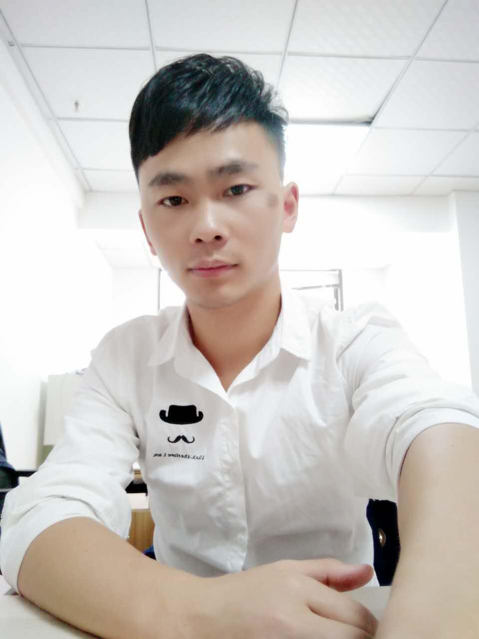 主任设计师-曾文彪